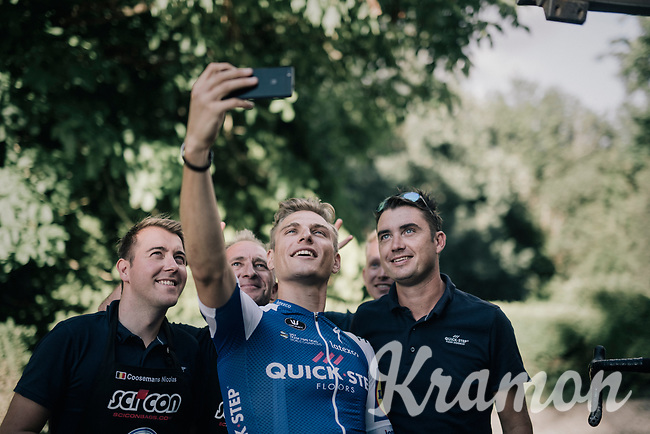Marcel Kittel (DEU/QuickStep Floors) celebrating his 4th victory in 10 stages with a selfie together with the team staff upon his return at the hotel<br /> <br /> 104th Tour de France 2017<br /> Stage 10 - P&eacute;rigueux &rsaquo; Bergerac (178km)