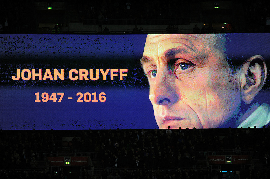 A minutes applause on 14 minutes for Johann Cruyff<br /> <br /> Photographer AshleyWestern/CameraSport<br /> <br /> Football - Breast Cancer Care International Friendly - England v Holland - Tuesday 29th March 2016 - Wembley Stadium - London<br /> <br /> &copy; CameraSport - 43 Linden Ave. Countesthorpe. Leicester. England. LE8 5PG - Tel: +44 (0) 116 277 4147 - admin@camerasport.com - www.camerasport.com