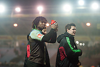 Marland Yarde and other Harlequins players acknowledge the crowd after the match. Aviva Premiership match, between Harlequins and Leicester Tigers on February 19, 2016 at the Twickenham Stoop in London, England. Photo by: Patrick Khachfe / JMP