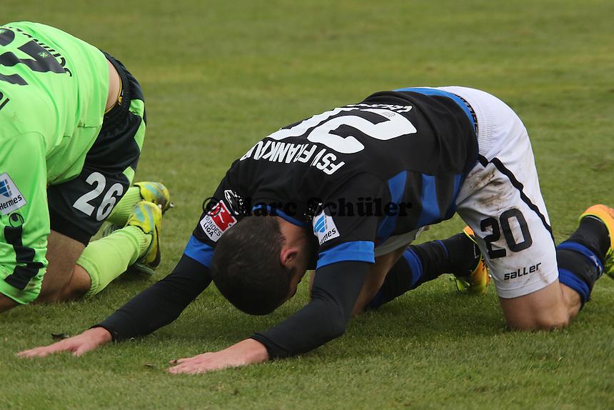 Matthew Leckie (FSV) ärgert sich nach verpasster Chance - FSV Frankfurt vs. TSV 1860 München Frankfurter Volksbank Stadion
