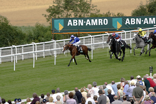 27 July 2004: Jockey RICHARD HILLS rides MARAAHEL to victory in the ABN Amro Stakes at Goodwood Photo: Glyn Kirk/Action Plus...horse racing 040727 flat horses glorious gordon