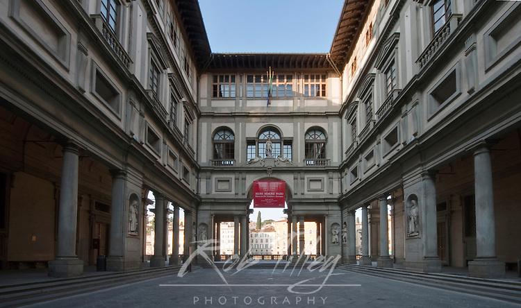 Europe, Italy, Tuscany, Florence, Uffizi Museum Courtyard