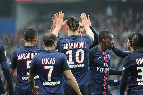 02.04.2016. Paris, France. French League 1 football. Paris St Germain versus Nice.  ZLATAN IBRAHIMOVIC (psg)celebrates his goal with BLAISE MATUIDI (psg)