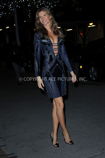 WWW.ACEPIXS.COM<br /> November 6, 2013 New York City<br /> <br /> Gisele B&uuml;ndchen attends the WSJ. Magazine  &ldquo;2013 Innovator Awards&rdquo; at The Museum of Modern Art on November 6, 2013 in New York City.<br /> <br /> By Line: Kristin Callahan/ACE Pictures<br /> <br /> ACE Pictures, Inc.<br /> tel: 646 769 0430  or 212 243 8787<br /> Email: info@acepixs.com<br /> www.acepixs.com<br /> <br /> Copyright: Kristin Callahan/ACE Pictures