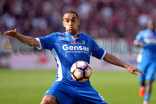 19.09.2016. Stadio Olimpico, Torino, Italy. Serie A Football. Torino versus Empoli. Giuseppe Bellusci on the ball . The game ended in a 0-0 draw.