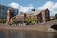 United Kingdom, England, West Midlands, Birmingham: The Malt House pub on the Birmingham Canal Old Line | Grossbritannien, England, West Midlands, Birmingham: The Malt House pub am Birmingham Canal Old Line