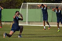 SAO PAULO, SP, 12.08.2014 - TREINO DO PALMEIRAS - Valdivia meia do Palmeiras durante o treino na Academia de Futebol na zona oeste nesta terça feira 12  (Foto: Bruno Ulivieri - Brazil Photo Press).