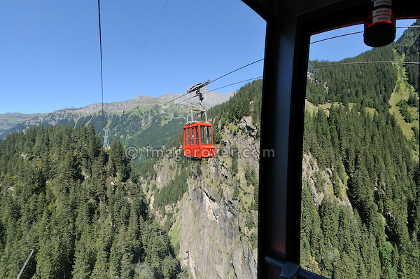 Switzerland, Western Europe, Berner Oberland, between Innertkirchen and Gadmen. View from the Triftbahn aerial tramway.