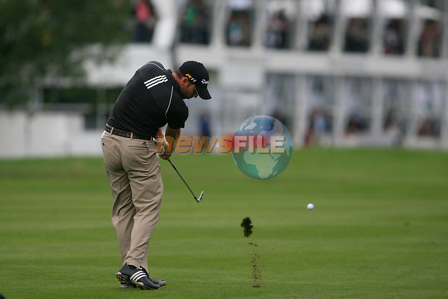 Sergio Garcia (ESP) plays his 2nd shot on the 18th hole during of Day 3 of the BMW International Open at Golf Club Munchen Eichenried, Germany, 25th June 2011 (Photo Eoin Clarke/www.golffile.ie)