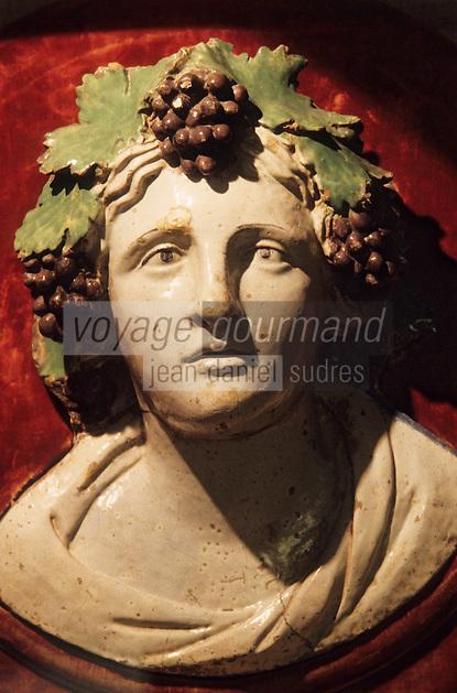 Europe/Italie/Ombrie/Torgiano : Musée du vin créé par les Lungarotti - Bacchus (XVI°)