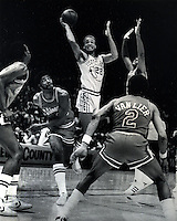 Golden State Warriors  Sonny Parker drives against Chicago Bulls Norm Van Lier<br />