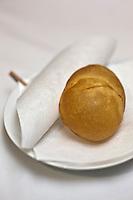 Europe/France/Provence-Alpes-Côte d'Azur/13/Bouches-du-Rhône/Marseille: Anémone de mer en beignets onctueux et iodés  Recette de Gérald Passédat  chef  du restaurant : Le Petit Nice