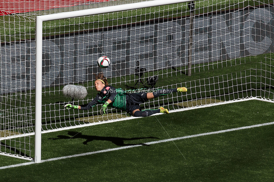 June 21, 2015: Gaelle THALMANN of Switzerland makes a save during a round of 16 match between Canada and Switzerland at the FIFA Women's World Cup Canada 2015 at BC Place Stadium on 21 June 2015 in Vancouver, Canada. Canada won 1-0. Sydney Low/Asteriskimages.com