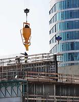 Nederland  Amsterdam -  2018.   Bowwerkzaamheden bij het Amstelkwartier.    Foto Berlinda van Dam / Hollandse Hoogte