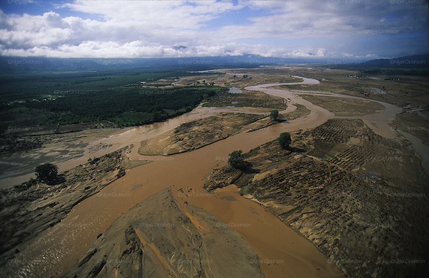 Central America, Honduras, Aguan Valley. Devastation in the aftermath of Hurricane Mitch. High winds and flooding. Crops and forests destroyed. Soil erosion caused by deforestation..