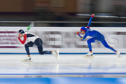 January 29th 2017, Sportforum, Berlin, Germany; ISU Speed Skating World Cup;  ISU Speed Skating World Cup  1000m Division B;  Mirko Giacomo Nenzi (ITA), Pedro Causil (COL)