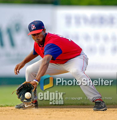 30 June 2007: Lowell Spinners infielder Yamaico Navarro warms up at short, prior to a game against the Vermont Lake Monsters at Historic Centennial Field in Burlington, Vermont. The Spinners defeated the Lake Monsters 8-4 in the last game of their 3-game, NY Penn-League series...Mandatory Photo Credit: Ed Wolfstein Photo