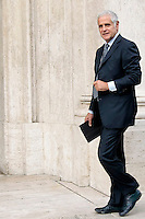 Roberto Formigoni<br /> Roma 30-09-2013 Piazza Montecitorio. Deputati e senatori del PDL arrivano alla Camera per una riunione del gruppo dei parlamentari del Pdl.<br /> Photo Samantha Zucchi Insidefoto