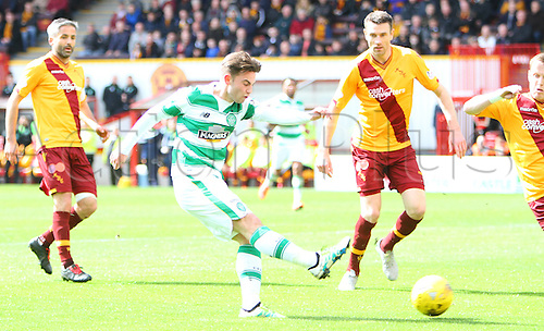 09.04.2016. Fir Park, Motherwell, Scotland. Scottish Football Premiership Motherwell versus Celtic. Patrick Roberts shoots from inside the box