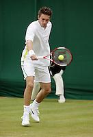 26-6-06,England, London, Wimbledon, first round match, Mahut