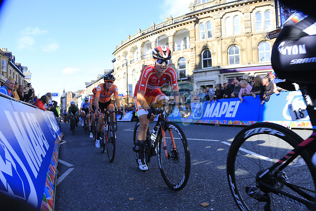 The chasing bunch on the second circuit of Harrogate during the Women Elite Road Race of the UCI World Championships 2019 running 149.4km from Bradford to Harrogate, England. 28th September 2019.<br /> Picture: Eoin Clarke   Cyclefile<br /> <br /> All photos usage must carry mandatory copyright credit (© Cyclefile   Eoin Clarke)