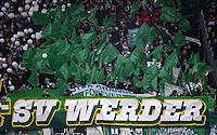 Fussball 1. Bundesliga :  Saison   2012/2013   9. Spieltag  27.10.2012 SpVgg Greuther Fuerth - SV Werder Bremen Fankurve von Werder Bremen mit einem Banner