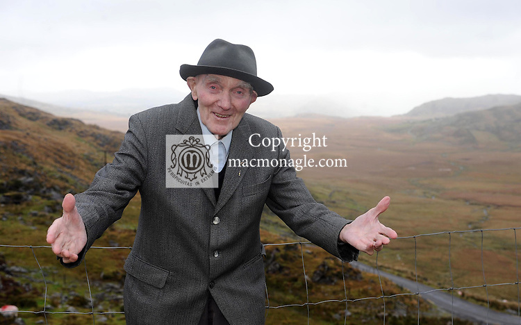 92 Year Old Padraig O'Dalaigh from Dromid, Co. Kerry, who will perform his  sean nos singing and story telling  at the Oireachtas Festival at the INEC Killarney, this week.  Picture: Eamonn Keogh (MacMonagle, Killarney)
