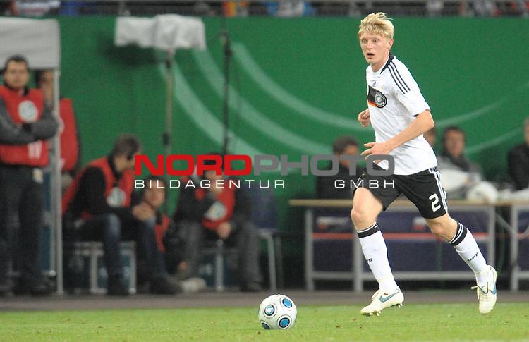 Fussball, L&auml;nderspiel, WM 2010 Qualifikation Gruppe 4  14. Spieltag<br />  Deutschland (GER) vs. Finnland ( FIN ) 1:1 ( 0:1 )<br /> <br /> <br /> Andreas BECK ( Ger / Glasgow #02) <br /> Foto &copy; nph (  nordphoto  )