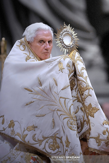 . .Pope Benedict XVI prays during the Vesper ceremony in the St. Peter's basilica at Vatican on February 2, 2010