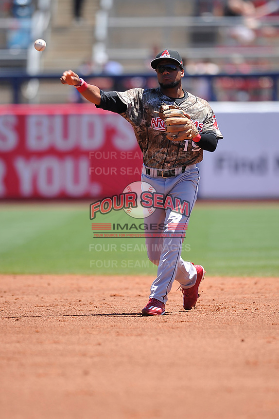 Arkansas Travelers second baseman Gianfranco Wawoe (19) throws to first base during a game against the Tulsa Drillers at Oneok Field on May 21, 2017 in Tulsa, Oklahoma.  The Drillers won 13-6. (Dennis Hubbard/Four Seam Images)
