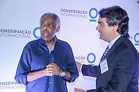 ATENCAO EDITOR IMAGEM EMBARGADA PARA VEICULOS INTERNACIONAIS -  SAO PAULO, SP, 20 FEVEREIRO 2013 - HARRISON FORD E CALISTA FLOCKHART - Os atores Harrison Ford e Calistaflockhart particpam na noite desta quarta-feira (20),do congresso da Conservacao Internacional realizado no Hotel Hyatt no bairro do Booklin  em São Paulo FOTO: AMAURI NEHN / BRAZIL PHOTO PRESS).