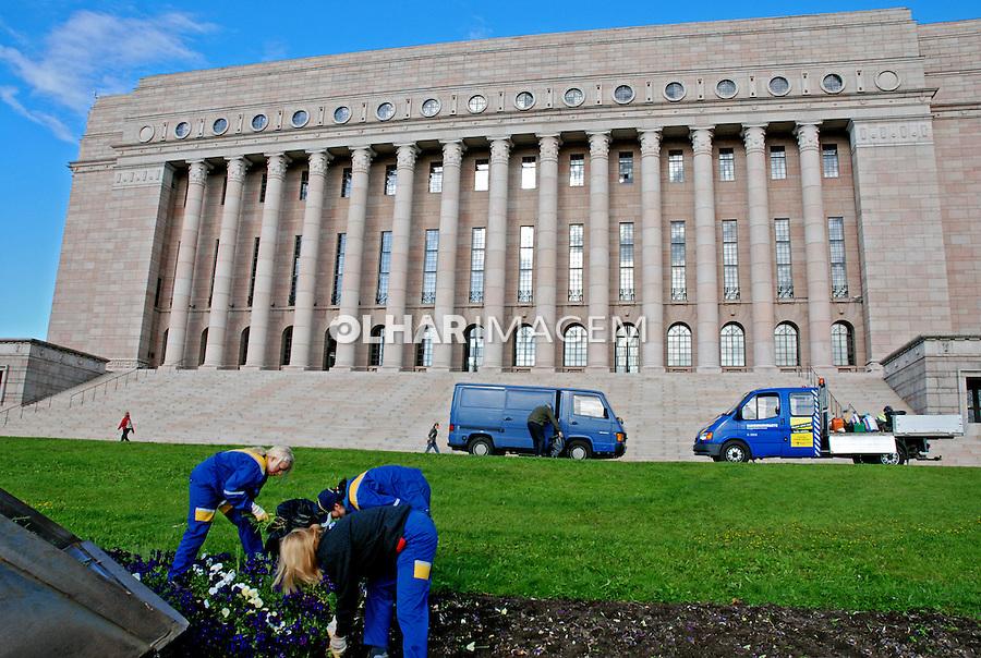 Edifício do parlamento filnandês. Helsinki. Finlândia. 2007. Foto de Vinicius Romanini.