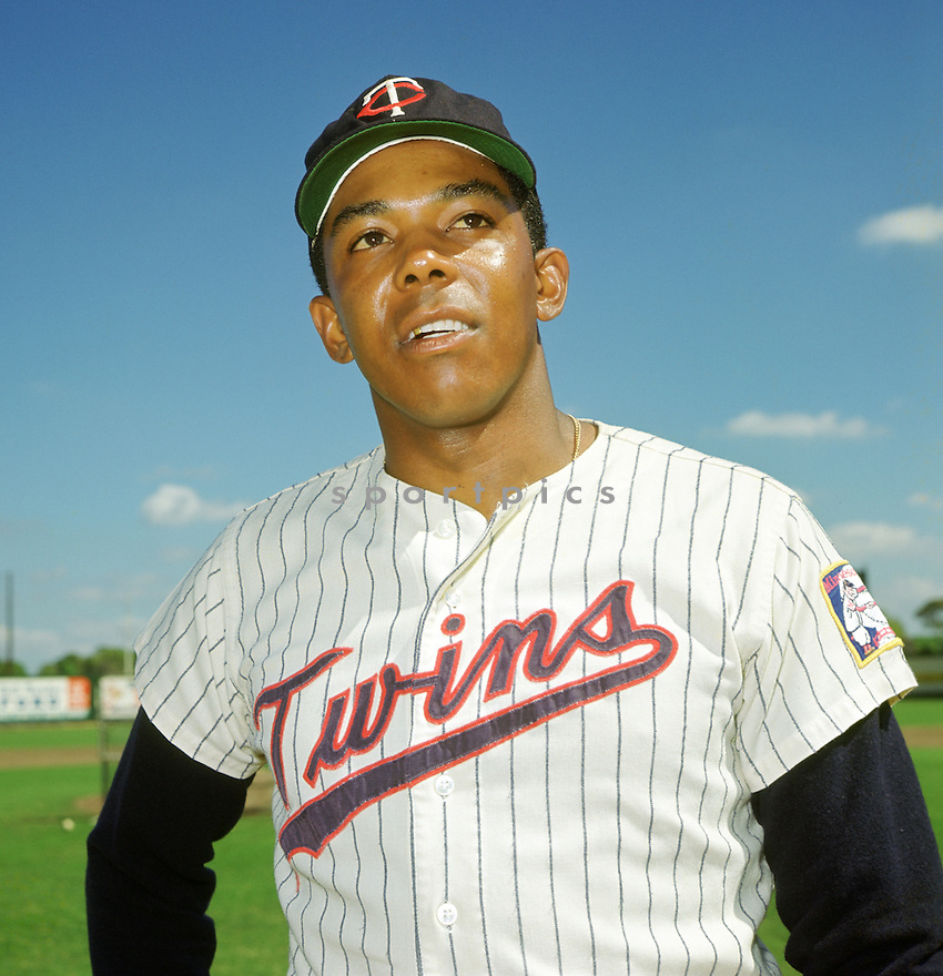 Minnesota Twin Tony Oliva (6) portrait from his 1967 season. Tony Oliva played for 15 season, all with the Minnesota Twins,  was a 8-time All-Star and the 1964 American League Rookie of the Year(SportPics)