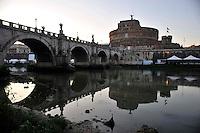 Roma 26 Luglio 2009.Castel S.Angelo e  Ponte S.Angelo..he Castel Sant'Angelo, a mausoleum built by Roman emperor Hadrian and Ponte Sant'Angelo (designed by Bernini)..