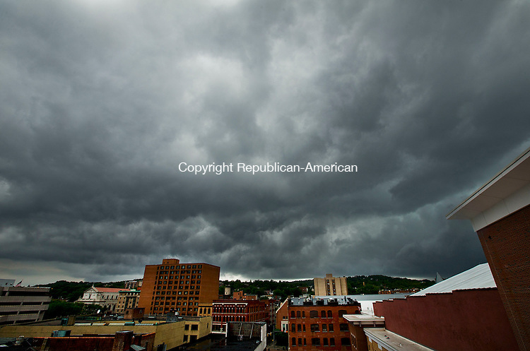 Waterbury, CT- 31 May 2015-053115CM13-  Clouds hang over Waterbury as rain moves into the greater Waterbury area on Sunday.  According to the National Weather Service, Monday is expected to bring showers and possibly a thunderstorm with a high near 55 degrees.  Christopher Massa Republican-American
