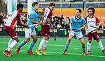 ALMERE - Hockey - Hoofdklasse competitie heren. ALMERE-HGC (0-1) .  Daan Hoepman (Almere) tussen oa Terrance Pieters (Almere), Tristan Algera (HGC) , Pelle Vos (HGC) en Floris Kuiper (Almere)     COPYRIGHT KOEN SUYK