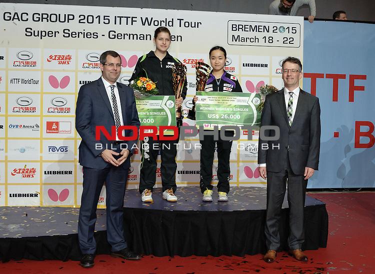 22.03.2015, &Ouml;VB Arena, Bremen, GER, GAC Group ITTF World Tour German Open, im Bild Siegerehrung Damen-Einzel: 1. Platz Mima Ito (JPN), 2. Platz Petrissa Solja (GER)<br /> <br /> Foto &copy; nordphoto / Frisch