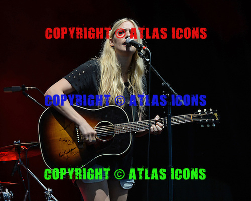 WEST PALM BEACH, FL - AUGUST 06: Holly Williams performs at The Perfect Vodka Amphitheater on August 6, 2016 in West Palm Beach Florida. Credit Larry Marano © 2016