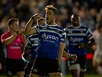Bath Rugby's Rhys Priestland celebrates scoring his side's first try<br /> <br /> Photographer Bob Bradford/CameraSport<br /> <br /> Gallagher Premiership - Bath Rugby v Exeter Chiefs - Friday 5th October 2018 - The Recreation Ground - Bath<br /> <br /> World Copyright &copy; 2018 CameraSport. All rights reserved. 43 Linden Ave. Countesthorpe. Leicester. England. LE8 5PG - Tel: +44 (0) 116 277 4147 - admin@camerasport.com - www.camerasport.com