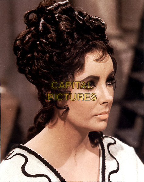 ELIZABETH TAYLOR .in Cleopatra (1963).*Filmstill - Editorial Use Only*.CAP/STF/PEL.Supplied by Capital Pictures.