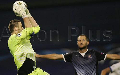 18.09.2012. Zagreb, Croatia. Stadium Maksimir UEFA Champions League Dinamo Zagrev versus FC Porto. Ivan Kelava and Joe Simunic