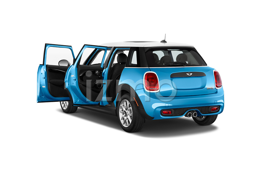 Car images of 2017 MINI Cooper S 5 Door Hatchback Doors