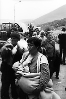 Kosovar refugees passing the Kosovo Albania border, going to Kukes.