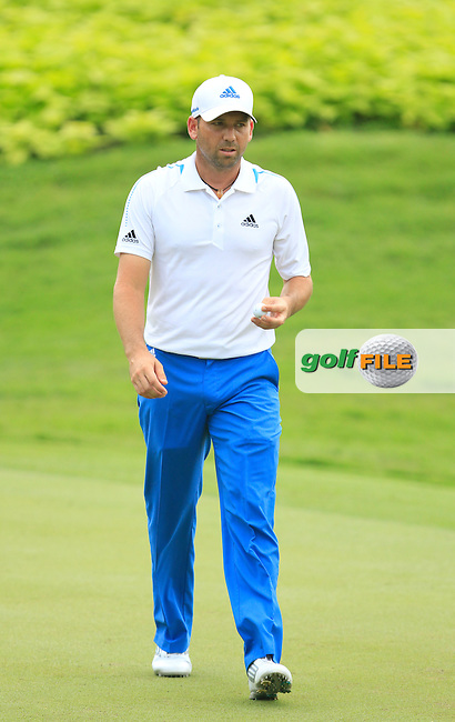 Sergio Garcia (ESP) on the 4th green during Round 4 of the CIMB Classic in the Kuala Lumpur Golf &amp; Country Club on Sunday 2nd November 2014.<br /> Picture:  Thos Caffrey / www.golffile.ie