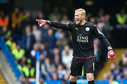 Kasper Schmeichel of Leicester City shouts at his defence - Mandatory by-line: Jason Brown/JMP - 15/10/2016 - FOOTBALL - Stamford Bridge - London, England - Chelsea v Leicester City - Premier League