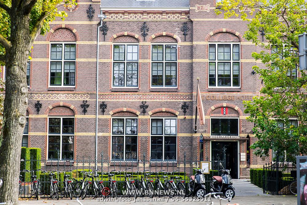 NLD/Amsterdam/20170928 - Buitenzijde College hotel Amsterdam
