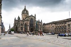 Edinburgh, Scotland, UK. 7 August, 2020. Views of a much quieter than normal Royal Mile with very few tourists. On what would have been the opening day of the cancelled 2020 Edinburgh Fringe Festival, the normally packed Royal Mile would have been thronged with tourists and street performers. Iain Masterton/Alamy Live News