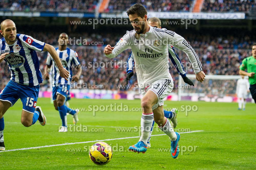 14.02.2015, Estadio Santiago Bernabeu, Madrid, ESP, Primera Division, Real Madrid vs Deportivo La Coruna, 23. Runde, im Bild Real Madrid´s Isco and Deportivo de la Coruna's Laureano Sanabria Ruiz // during the Spanish Primera Division 23rd round match between Real Madrid vs Deportivo La Coruna at the Estadio Santiago Bernabeu in Madrid, Spain on 2015/02/14. EXPA Pictures © 2015, PhotoCredit: EXPA/ Alterphotos/ Luis Fernandez<br /> <br /> *****ATTENTION - OUT of ESP, SUI*****
