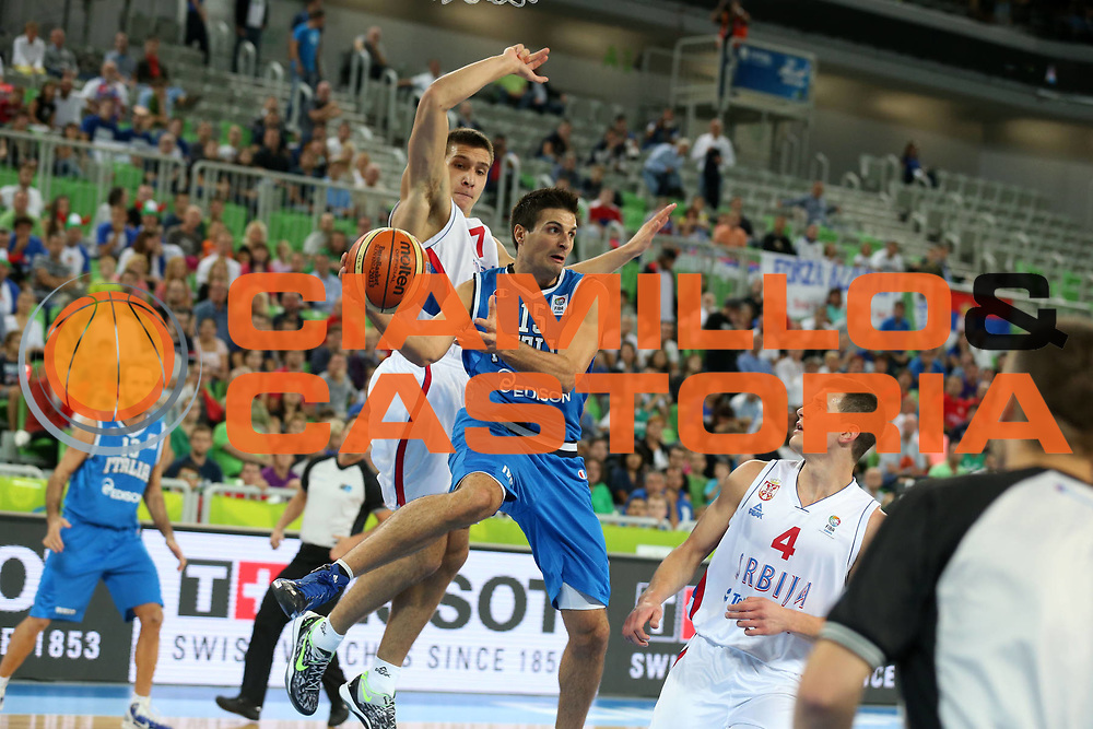 DESCRIZIONE : Lubiana Ljubliana Slovenia Eurobasket Men 2013 Finale Settimo Ottavo Posto Serbia Italia Final for 7th to 8th place Serbia Italy<br /> GIOCATORE : Andrea Cinciarini<br /> CATEGORIA : passaggio pass<br /> SQUADRA : Italia Italy<br /> EVENTO : Eurobasket Men 2013<br /> GARA : Serbia Italia Serbia Italy<br /> DATA : 21/09/2013 <br /> SPORT : Pallacanestro <br /> AUTORE : Agenzia Ciamillo-Castoria/ElioCastoria<br /> Galleria : Eurobasket Men 2013<br /> Fotonotizia : Lubiana Ljubliana Slovenia Eurobasket Men 2013 Finale Settimo Ottavo Posto Serbia Italia Final for 7th to 8th place Serbia Italy<br /> Predefinita :