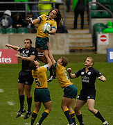 Twickenham, England.  AUS's  AJ GILBERT out jumps the Scot's to win the line out ball during the AUS vs SCO match,  at the London Sevens Rugby, Twickenham Stadium, Sun, 27/05/2007 [Credit Peter Spurrier/ Intersport Images]
